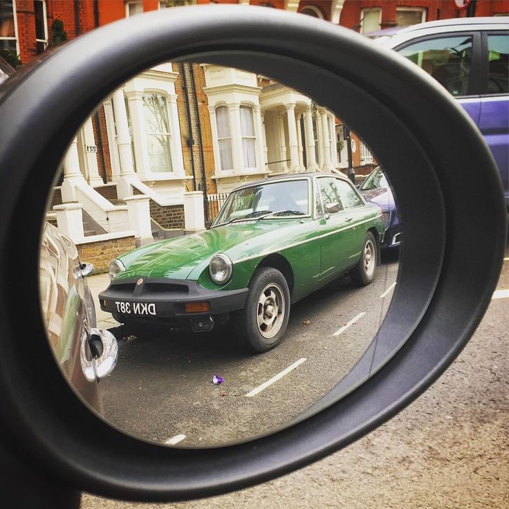 Classic in the Rearview DCXXII #MGB #GT #MGBGT #MG #MGCars #BMC #ClassicMG #ClassicBritishCar #MGMGB #ClassicInTheRearview