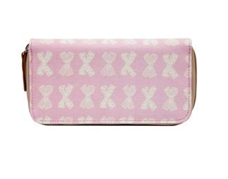 Wallet Cream Bows on Pink A laminated zip around style wallet perfect for day to day use. Inside the wallet is our shocking pink lining with a zip coin section, three large rose pink metallic note pockets and ten rose pink metallic card pockets. $50.00 #sweetcreations #baby #nursery #kids #newparents #parenting