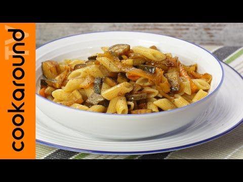 Pennette zucchine e peperoni | Video veloce