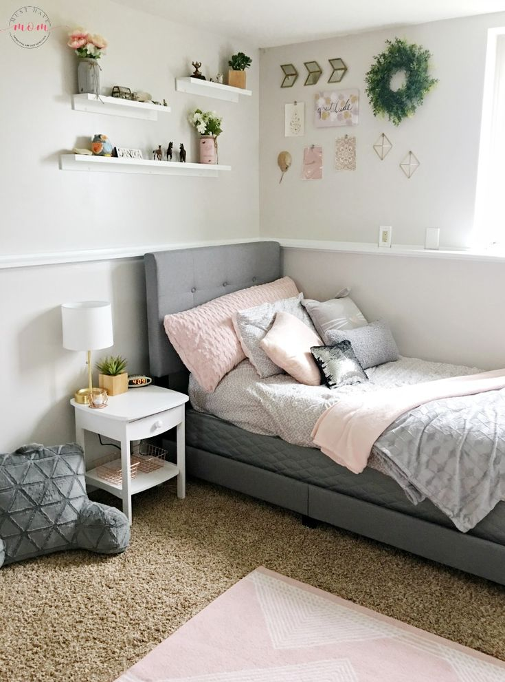 Gorgeous blush grey bedroom makeover diy busy monday - Bedding and curtains for bedrooms ...