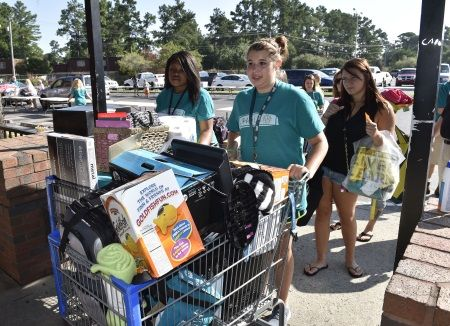 10 Tips for Move-In Day on the Coastal Carolina University Office of Admissions Blog