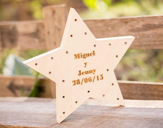 Estrella de madera LED personalizada