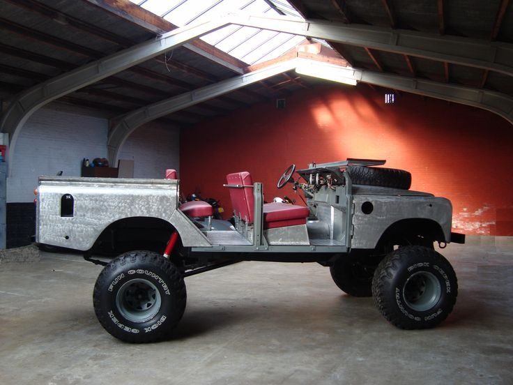 land rover 109 crew cab raw one o nine v8 station wagon. Black Bedroom Furniture Sets. Home Design Ideas
