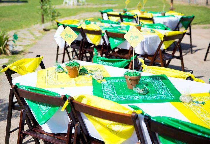 john deere table set up birthday party
