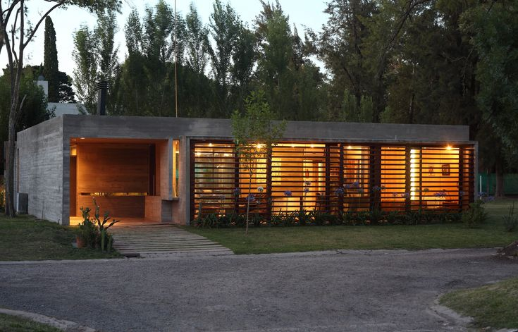 BAK Arquitectos - Project - BA House