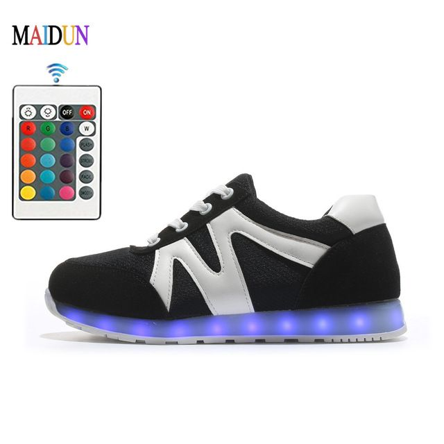 Remote Control New Mens Danceing Shoes Automatic LED Light Up Mens Sport  Black Color Glowing Shoes