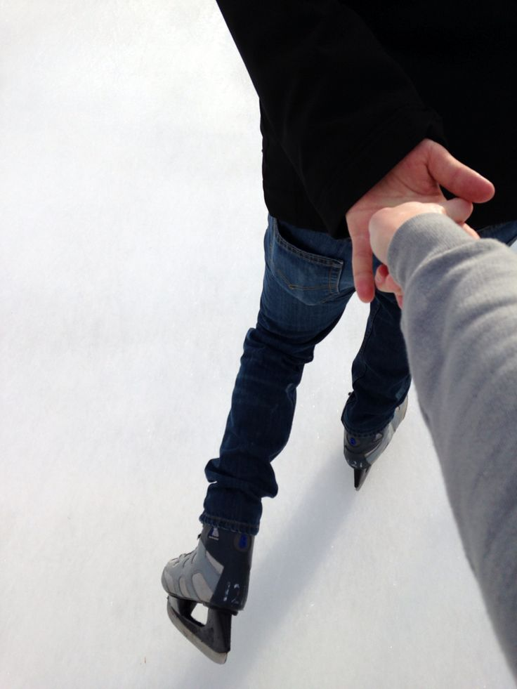 Iceskating winter date