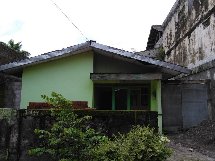 Rumah Dijual Murah Jalan Kaliurang km 13 Dalam Perumahan Dekat UII 1