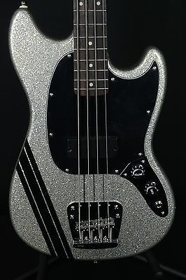 Fender-Mikey-Way-Mustang-Short-Scale-Bass-Guitar