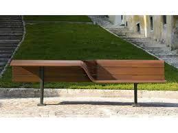Resultado de imagem para linha de mobiliario urbano
