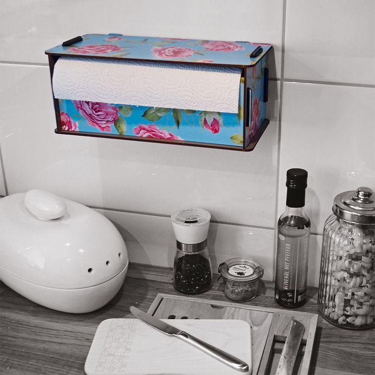 Küchenrollenbox – Nachhaltige Küchenhelfer! In der dekorativen Box verschwindet die unscheinbare Küchenrolle und ist trotzdem schnell zur Hand, wenn mal wieder etwas daneben geht.