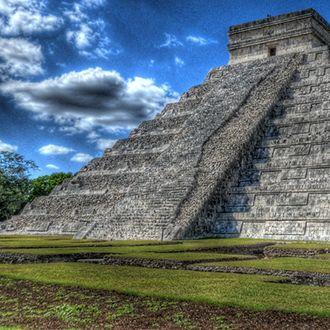 Starożytna cywilizacja Majów zamieszkująca południowy Meksyk zapoczątkowała kult czekolady na całym świecie.