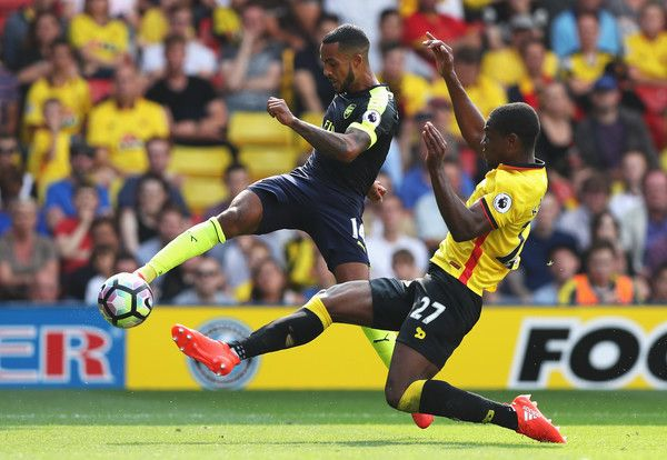 Theo Walcott controls the ball vs Watford #Arsenal #AFC #COYG