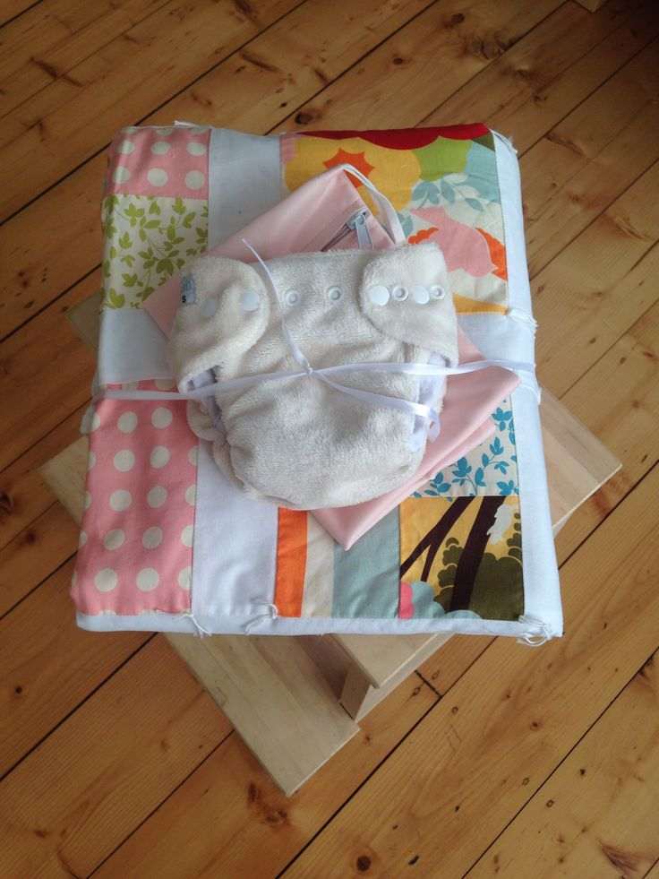 Day 30: gift #clothnappies #clothshotaday #ana One handmade baby quilt by me a ivory itti bitti and a pale pink wet bag for a very special friends baby girl who wouldn't want this gift