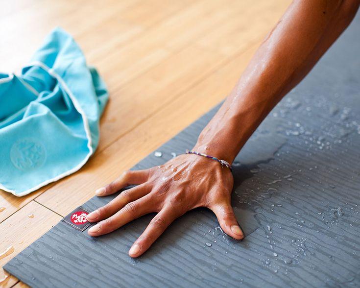 Stinkende sportspullen? Natte handdoeken en zwetende sportschoenen zorgen automatisch voor een naar geurtje in je tas. Deze oplossing is super simpel.