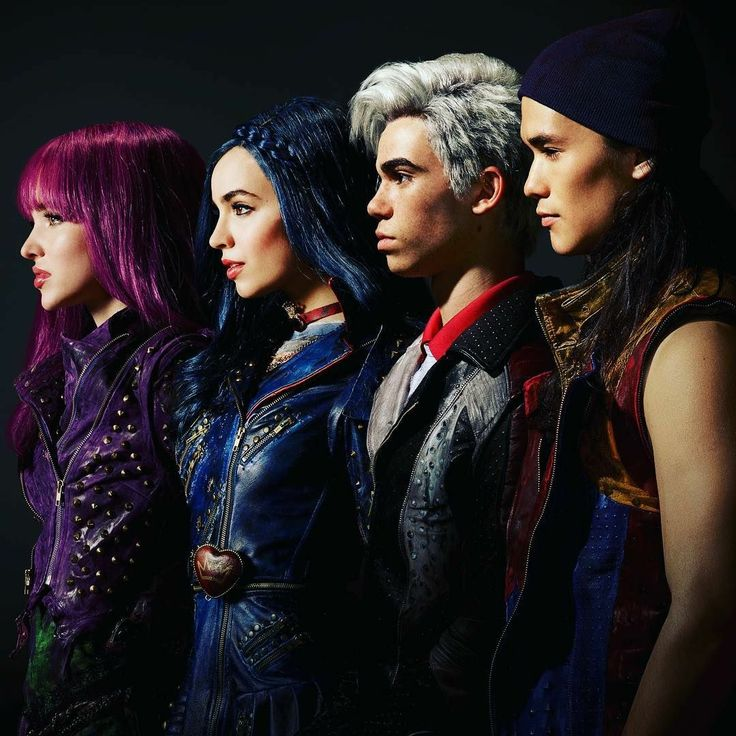 Descendants 2 Mal Evie Jay and Carlos