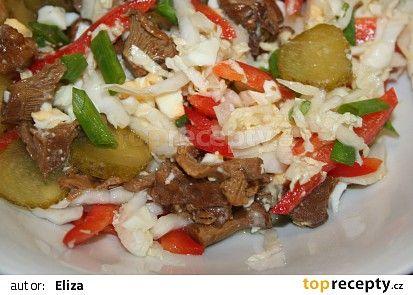 Salát z čínského zelí s houbami recept - TopRecepty.cz