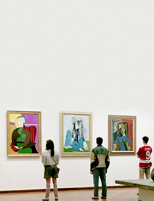 Ferris Bueller's Day Off (1986).  Art Institute, Chicago. Would be epic to remake this photo