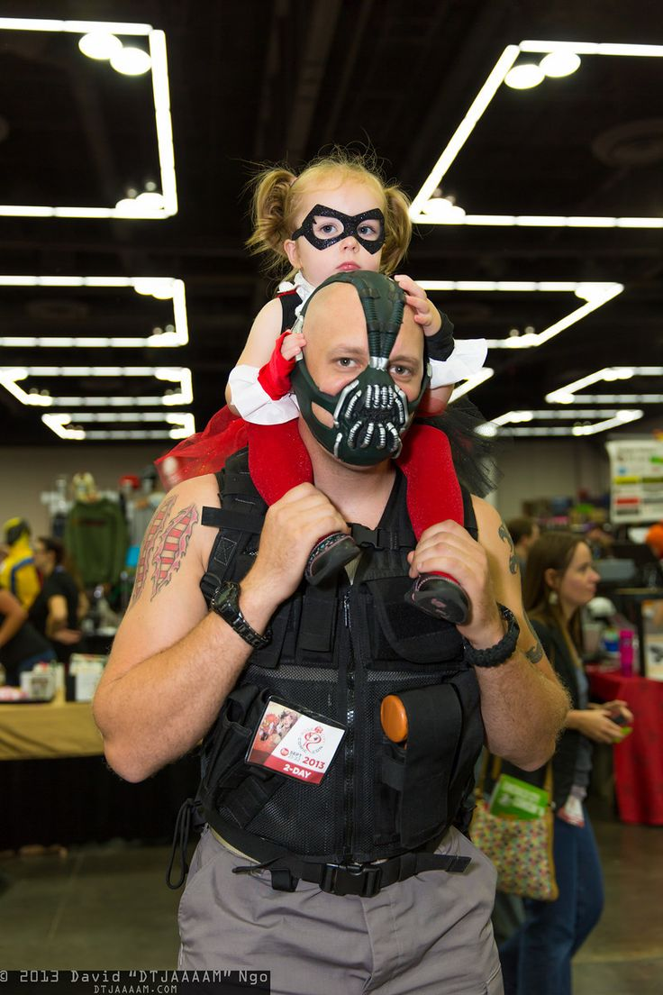 Harley Quinn and Bane (DC Comics) family cosplay