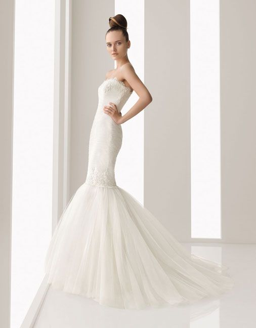 Trumpet / mermaid sleeveless organza floor length bridal gown: White Wedding, Gowns Strapless Bridal, Wedding Dress, Bridal Gowns Trumpet, Bridal Gownsvtrumpet, Bridal Gowns Strapless, Bridal Gown Wedding