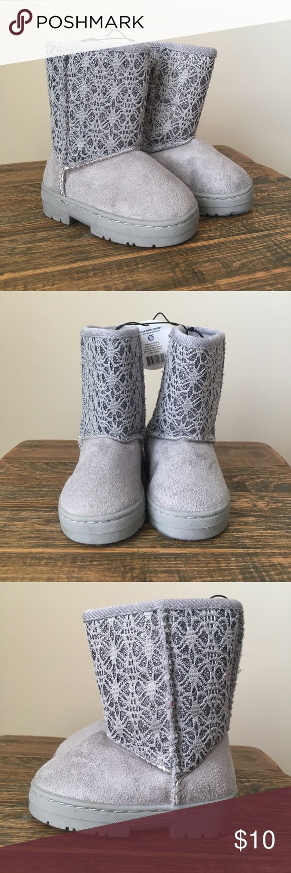 NWT toddler winter boots - grey, lace, sparkles Adorable and never worn, these toddler girl winter boots are grey with lace and sparkle accents. All man made materials. Size 5. chatties Shoes Boots