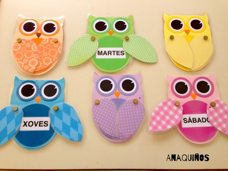 Búhos con los días de la semana. Owls with the days of the week