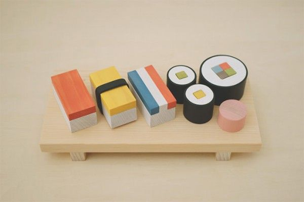A beautiful wooden sushi play food set that allows your child to create their own sushi—love!