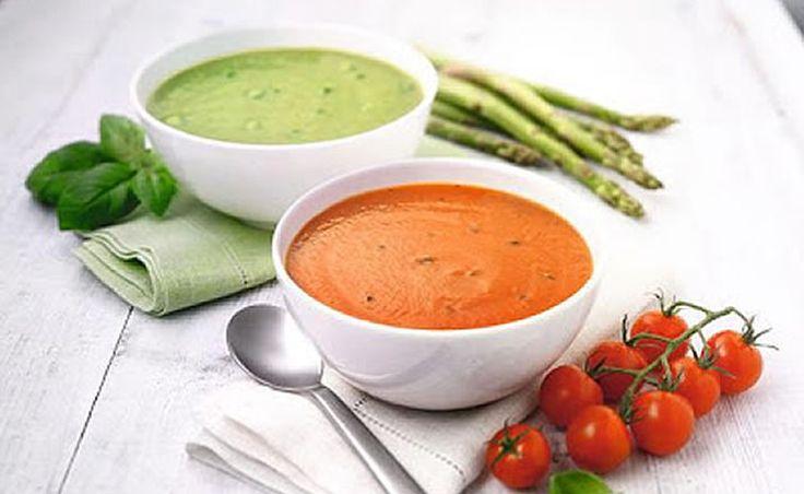 Для #снижения веса - замените один из ежедневных приемов пищи порцией горячего #супа с салатом. В период потери веса и последующего поддержания желаемого результата, которые могут быть довольно продолжительными.   #Два различных по вкусу супа помогут сделать #рацион полезным и сбалансированным. Присутствие в диетическом рационе разнообразных продуктов облегчает формирование привычки постоянно #контролировать #вес.