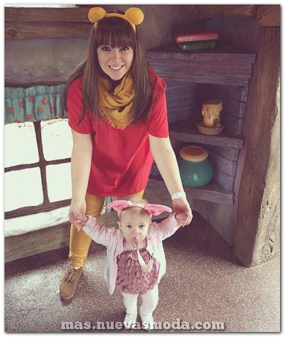 Disfraz De Pooh Y Lechones Para Mamá Y Bebé Daughter Halloween Costumes Baby Halloween Costumes Cute Halloween Costumes