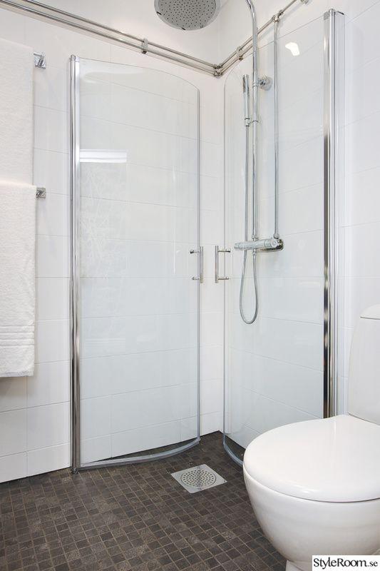 Infällda duschdörrar
