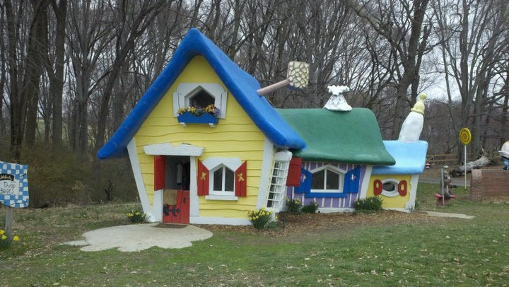 Enchanted Forest, Maryland: house of the 3 little bears
