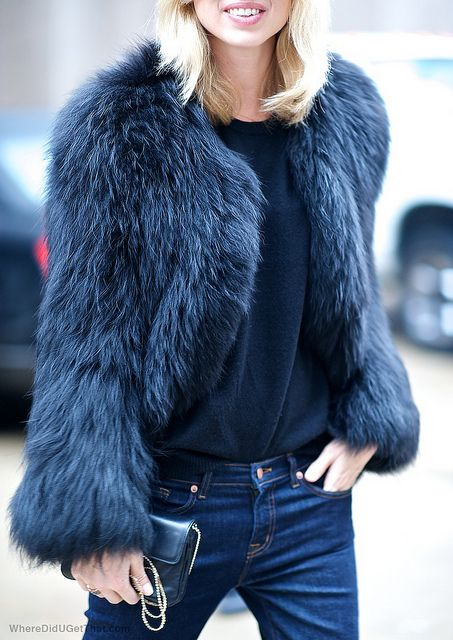 Street style, Autumn, Winter, fall, fur, jacket, coat, indigo jeans, navy. Fashion