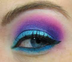 maquillaje morado y azul - Buscar con Google
