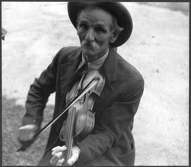 Fiddlin' Bill Hensley, mountain fiddler, Asheville, North Carolina 1937 (LOC) by The Library of Congress, via Flickr