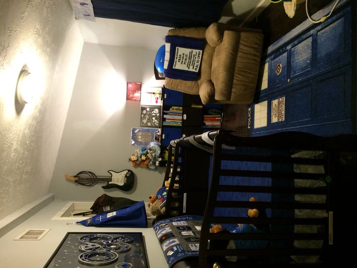 Nursery Ideas: Doctor Who Nursery. This looks so cute. LOL I can tell a lot of work was put into it.