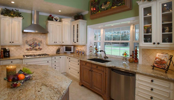 7 best traditional kitchens images on pinterest bay area for Kitchen design 77070