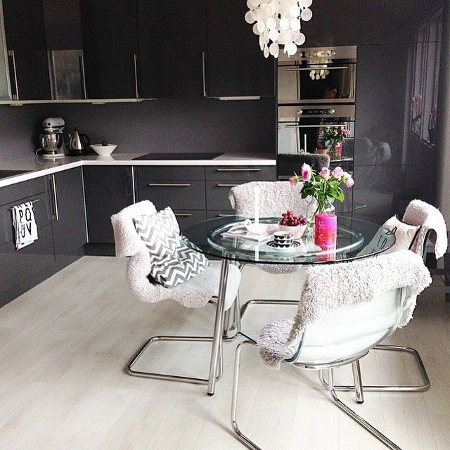 Dark grey high gloss cabinets   A number of greys are available from Northern Contours to create this look, including Dark Grey Acrylic, Graphite Acrylic, Mineral Gloss 3D Laminate and Metallic Charcoal Gloss 3D Laminate