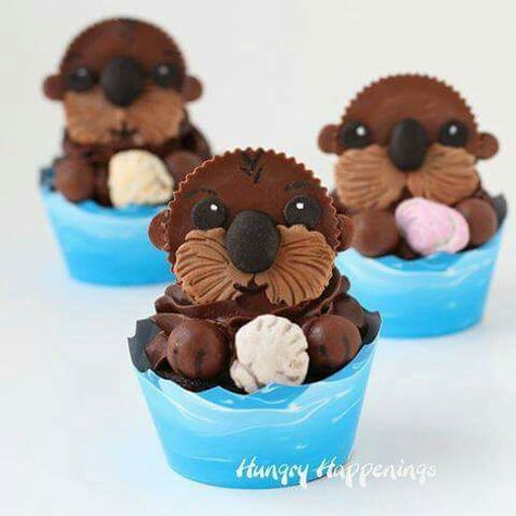 FINDING DORY SEA OTTER CUPCAKES...made with Reese's Peanut Butter Cups! These are absolutely ADORABLE & so easy to make!  Directions...http://hungryhappenings.com/2016/06/sea-otter-cupcakes-finding-dory-treats.html/