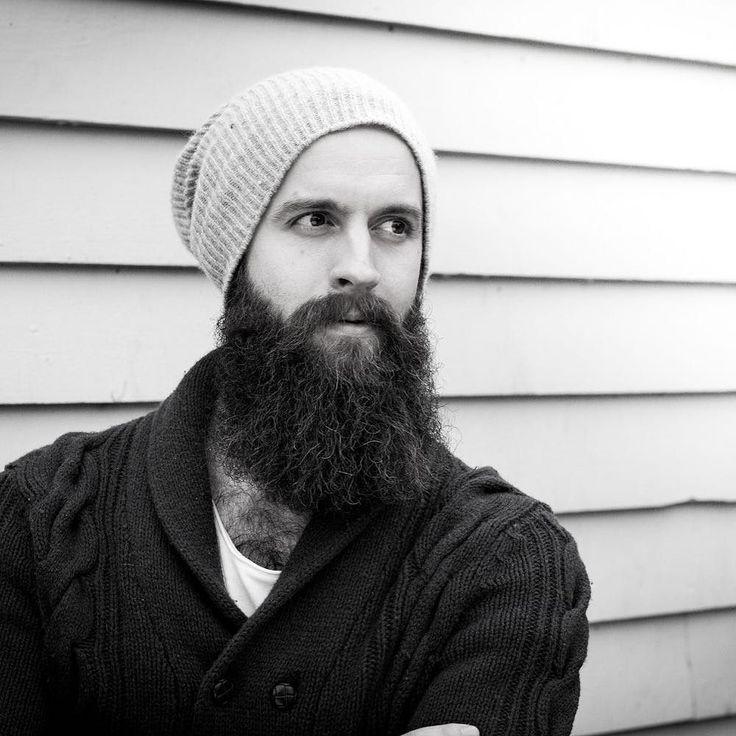 Black and white photography my favourite edit of them all! #beardedmen #portrettfotografioslo #blackandwhitephotography