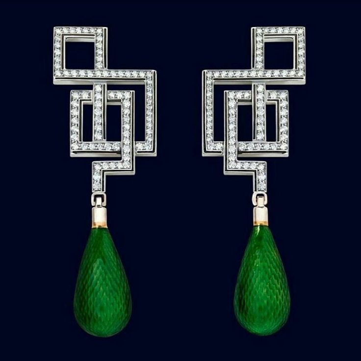 @treasuregarland. Incredible diamond and enamel earrings, at @mingjewellerylondon!! Architectural splendor...