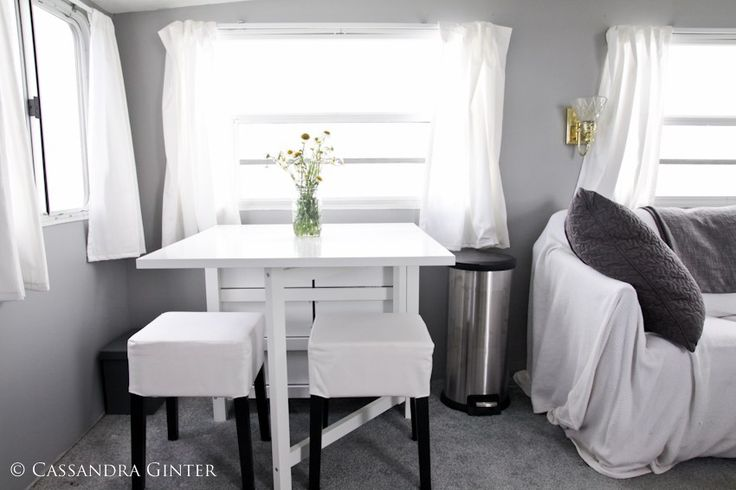 5th Wheel Camper Makeover Dining area