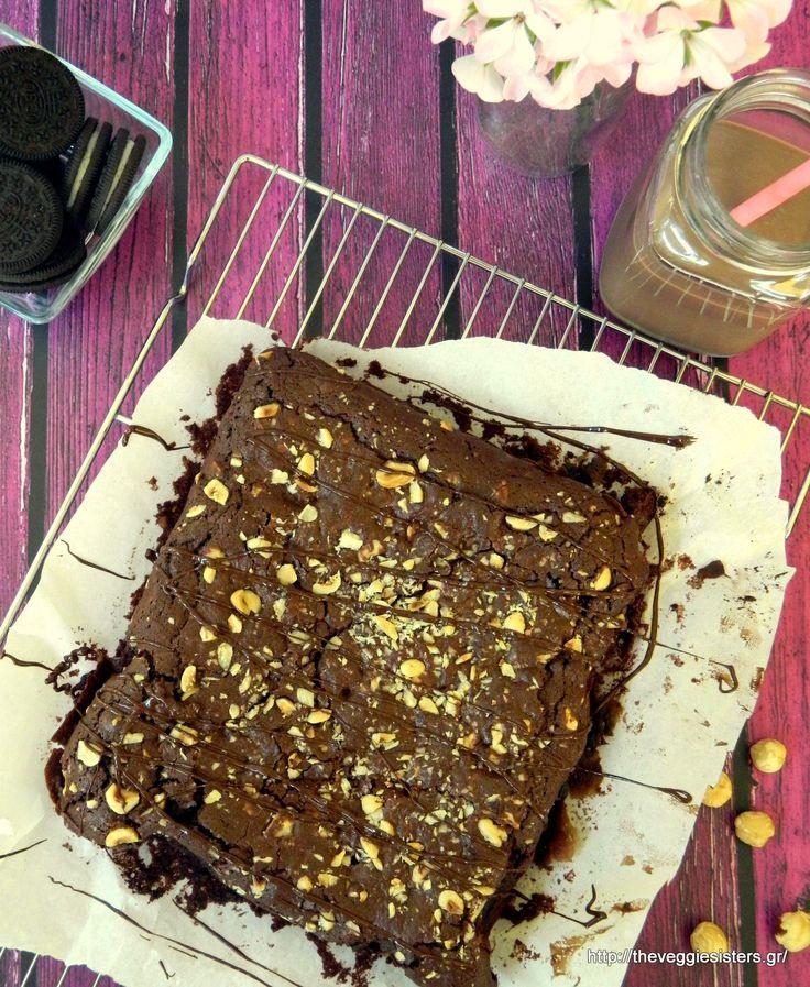Scrumptious vegan chocolate oreo brownies:need we say more?  #vegan #oreo #brownies #chocolate