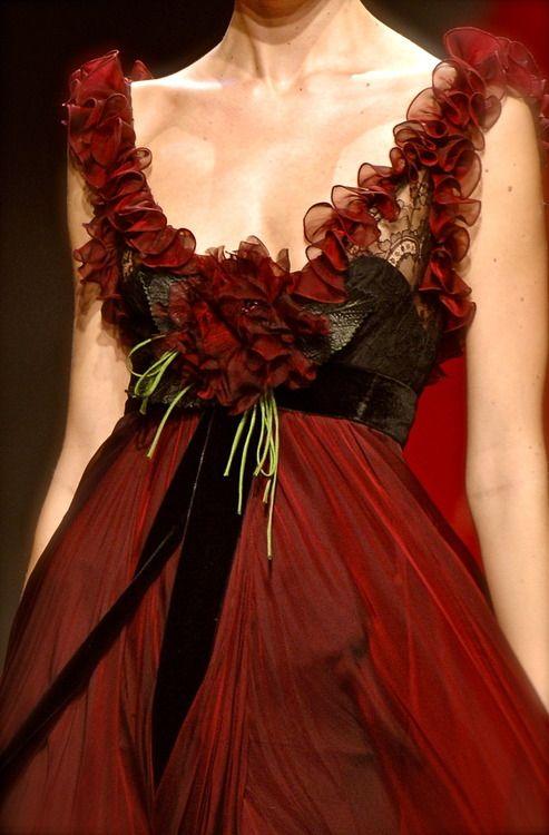 Elie Saab: Eliesaab, Christmas Dresses, Elegant Dresses, Dreams Wedding Dresses, Ellie Will Be, Gorgeous Gowns, Red Gowns, Elie Saab Couture, Elie Saab Fall
