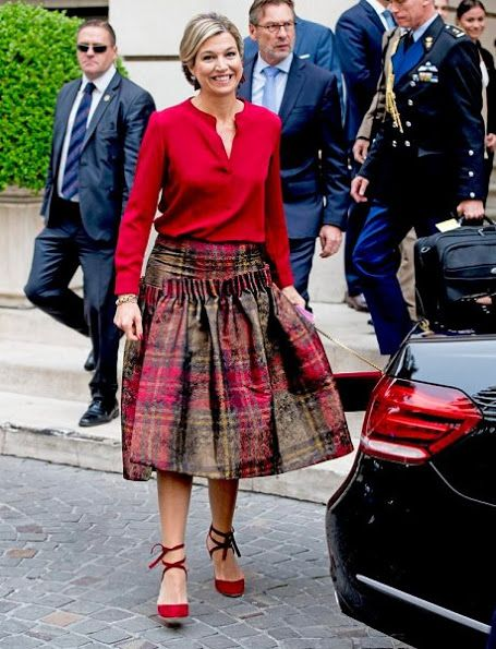 Queen Maxima visits Argentina.  Someone explain this skirt to me.