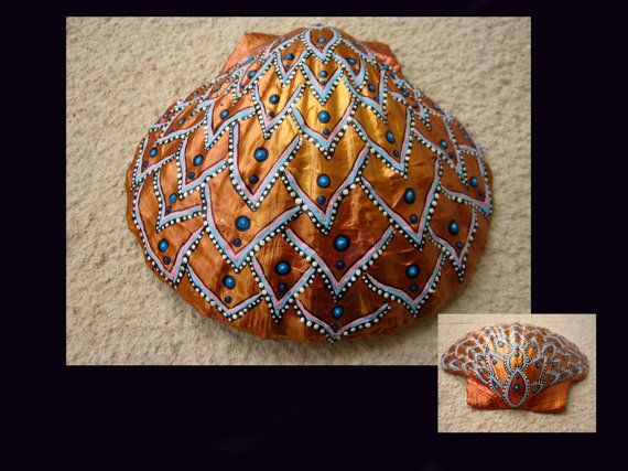 WOW! Incredible patience... Shell 6 by Jabashop on Etsy, $95.00