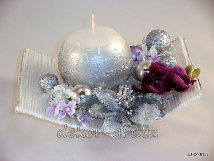Vánoční svícen - stříbrný.
