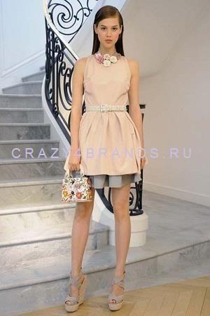 Платье от диор