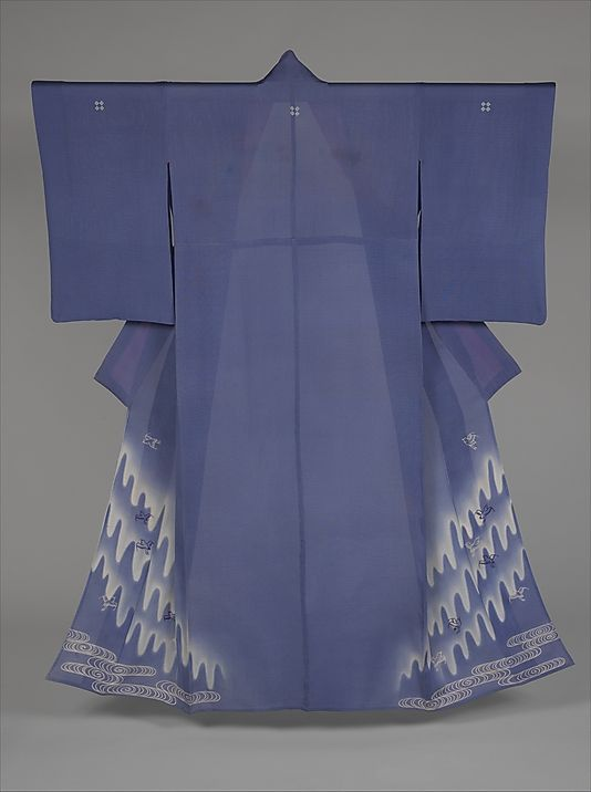 Summer Kimono with Pattern of Plovers in Flight. Japan. Taishō period (1912–26). The Metropolitan Museum of Art, New York. Gift of Atsuko Irie, in honor of Suga Irie, 1998 (1998.487.5)