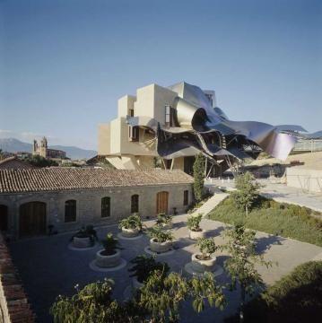 FRANCK 'O Ghery, Cantine del marques de Riscal, Elciego, Spagna, 2003