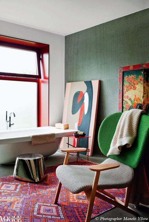 Spanish designer Patricia Urquiola designed this striking bathroom for her friend Patrizia Moroso of the Moroso furniture family.     Photograph by Manolo Yllera.